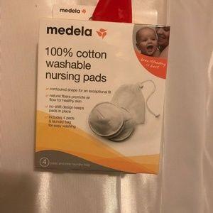 Medela 100% cotton washable nursing pads